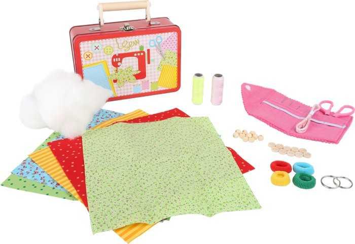 Hračky pro holky - Dětský kufr Šicí sada