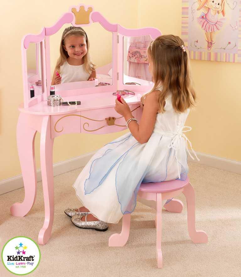 KidKraft kosmetický stolek s židličkou Princezna