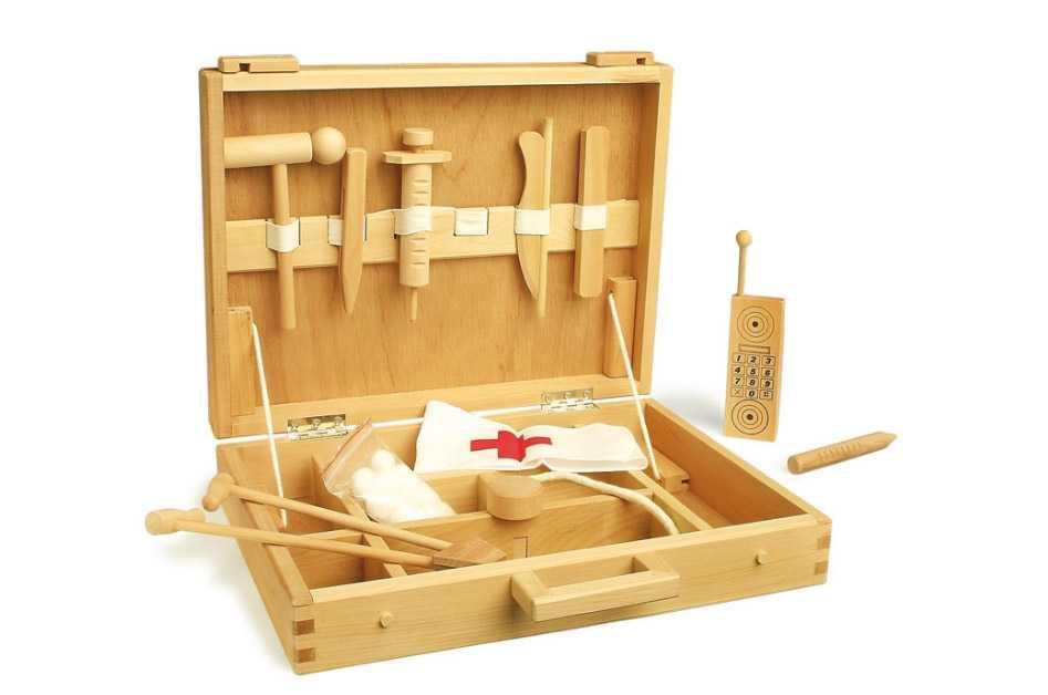Dřevěná hračka - Dětský dřevěný doktorský kufřík