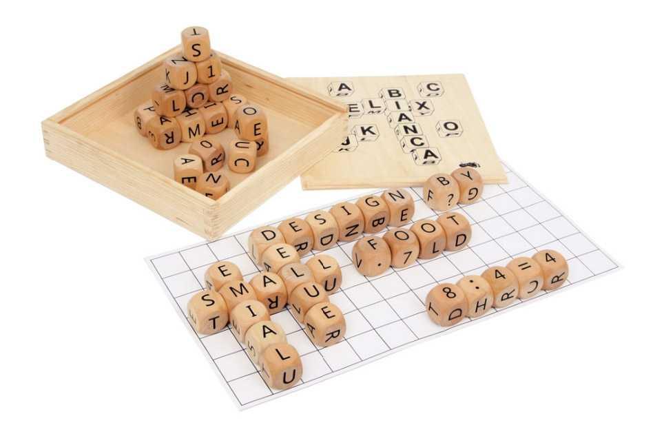 Dřevěné hry - Dřevěná hra Skládání slov Deluxe