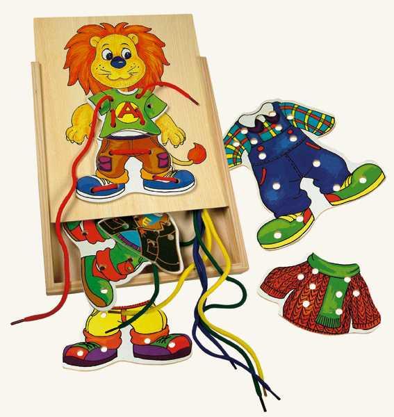 Dřevěné hračky-motorické hry- Lvíček Leo, první šití